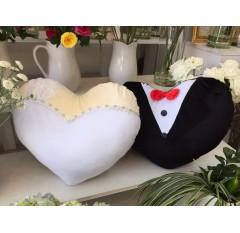 T-001 Gối cặp tim cô dâu chú rể handmade